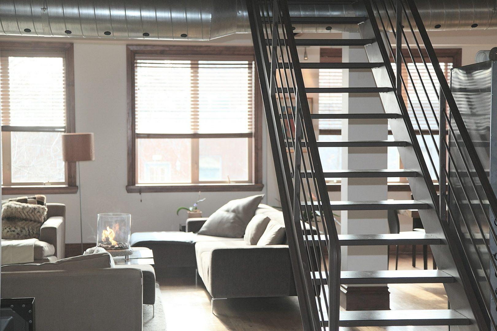 Escalier Dans Un Salon escalier métallique en fer forgé sur salon de provence